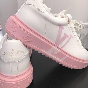 Beautiful Brand New LV sneakers
